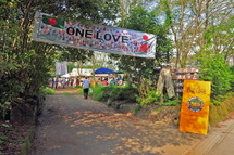 Onelove2010a