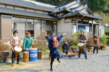 Inakafuyu2012g