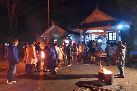 Hatsumoude2015a