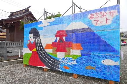 まちなかアートギャラリー開催の富士宮商店街 今年はエコキャップアートの展示も