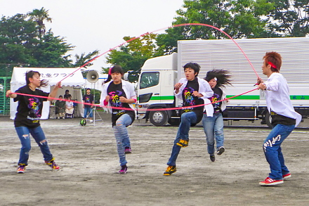 長縄ダンスのステージ