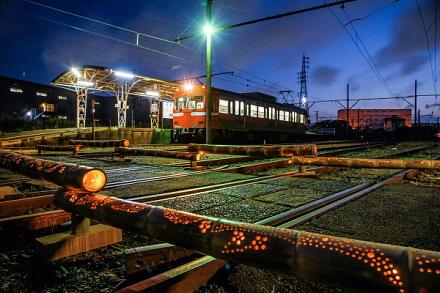 竹かぐやが設置された比奈駅