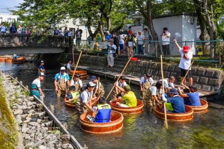 たらい流し川祭りが行われた田宿川
