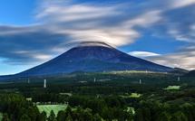 翌朝も笠雲が見られた(十里木高原より)
