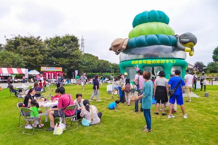 フェスティバル会場の中央公園イベント広場