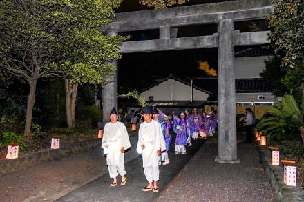 滝川神社に到着