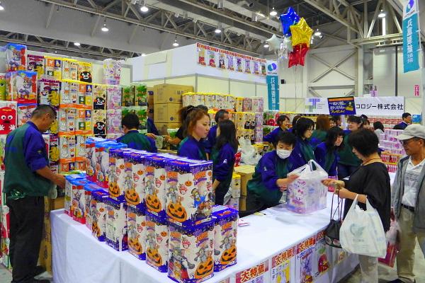 紙製品の展示・販売