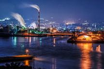 田子の浦港と工場夜景