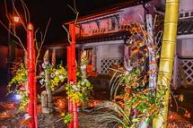 竹を使ったアート作品の展示