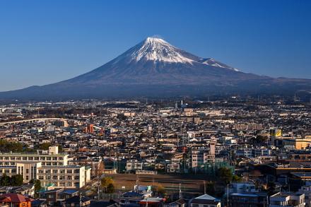ふじさんてらすMierulaから眺めた初富士