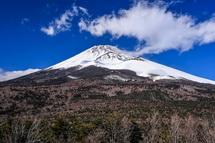 腰切塚からの雄大な富士山