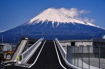 富士山夢の大橋南側入口からの富士山