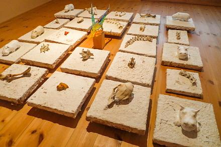 遠藤和帆造形展「環 RING」開催の富士芸術村