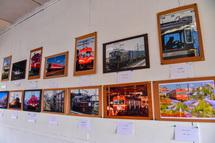 岳南電車の風景写真展示