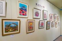 ロゼシアターでのバラに関する作品展示