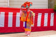 琉球舞踊の披露