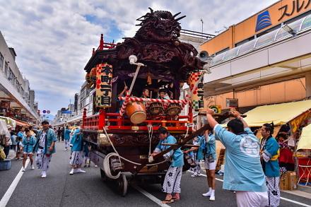 吉原祇園祭1日目 山車の引き回しが始まる