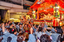 2日目を締めくくるラストの競り合い(天神社町内)