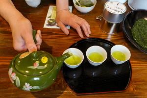 美味しいお茶の淹れ方を体験