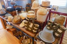 帽子などの販売