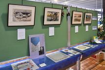 平成の東海道五十三次木版画と紙ナプキン展示