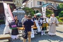 若手僧侶による熊本地震の募金活動