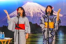 日本の童謡を中心とした素敵な歌を披露