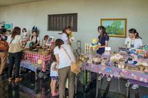 ママさん作家による手作り雑貨の販売「お宝市」