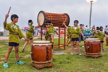 鮫島こども太鼓の演奏