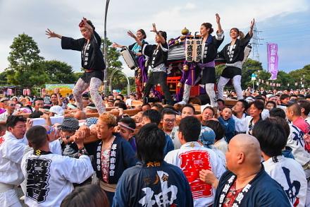 富士鷹勇會の神輿