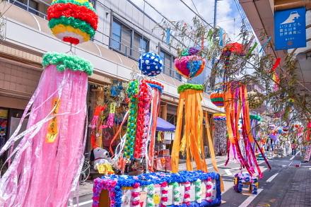 七夕まつり開催のマイロード本町商店街