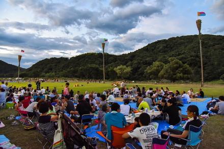会場の富士川木島河川敷