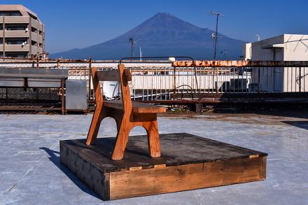 イケダビル屋上からの富士山の眺め