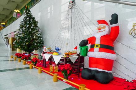 ガレリアのクリスマス飾り
