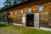 元吉原小学校の敷地内にあるSL博物館