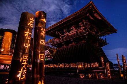 岩松中学校生徒の竹かぐや展示