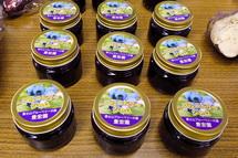 富士地域の美味しいものが並ぶ