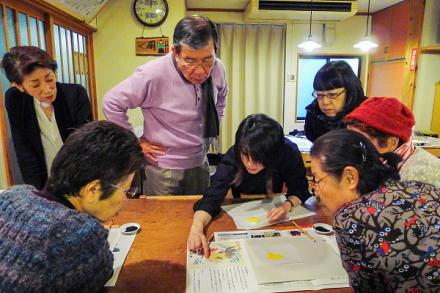 ミニ干支駿河凧作り教室風景