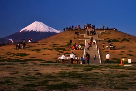会場のふじのくに田子の浦みなと公園