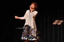 オープニング 結花乃さんのライブ