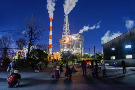 サミット終了後の工場夜景ツアー