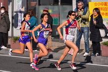 2区を走る選手たち