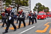 消防ラッパ隊の行進