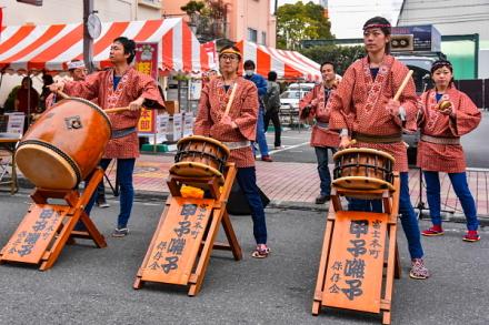 甲子囃子の演奏(富士本町)