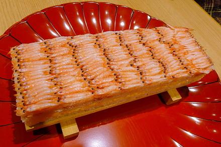 圧巻の桜えび押し寿司