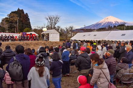 竹灯籠祭り開催の平成棚田の特設会場