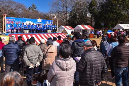 「岩松北地区梅まつり」開催の岩本山公園