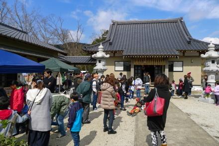 マルシェ開催の本妙寺