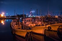 田子の浦漁港の夜景