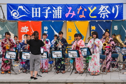 地元中学生による吹奏楽演奏